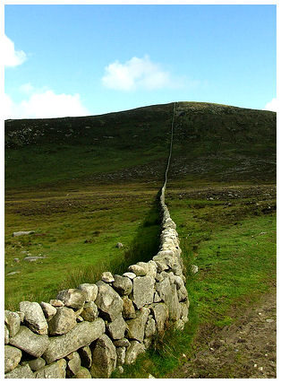 mourne-wall-6276267