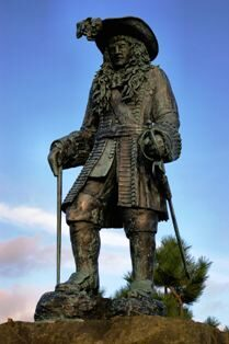 carrickfergus-castle-king-william-statue-4130246